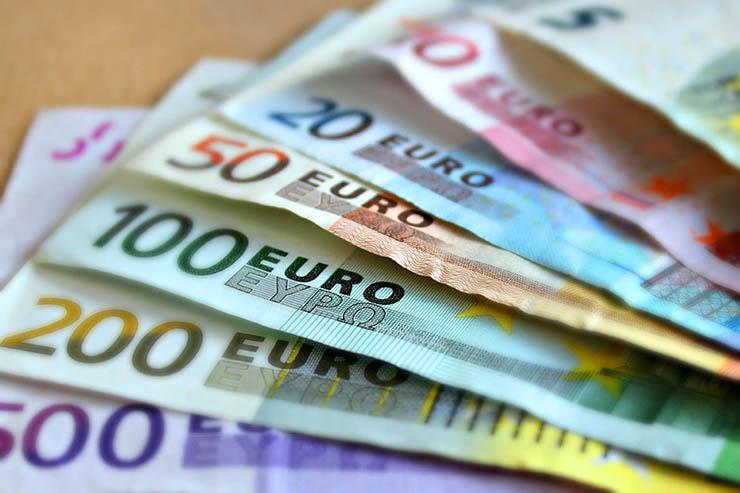 Merito Dei Dirigenti Comunali: Liquidati 'premi' In Euro