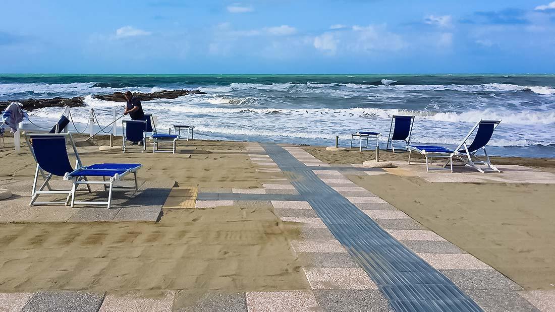 Accessi In Spiaggia Per Disabili: La Consulta Firma Il Protocollo