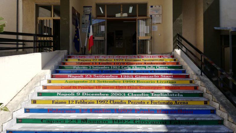La Scuola Contro Le Mafie: Inaugurata La Scala Della Legalità