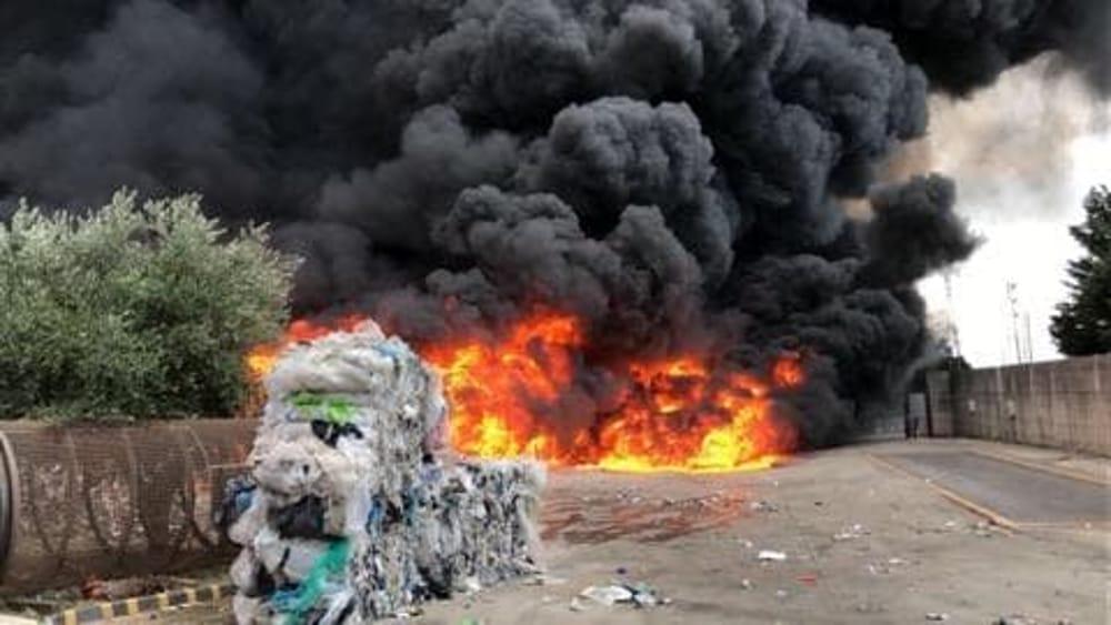 Disastro Ambientale A Battipaglia. Politici Assenti In Un Territorio Gestito Da Affaristi Senza Scrupoli.