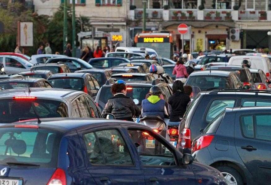 Viabilità A Salerno: Divieto Di Circolazione Per Superamento Livelli Di Biossido Di Azoto