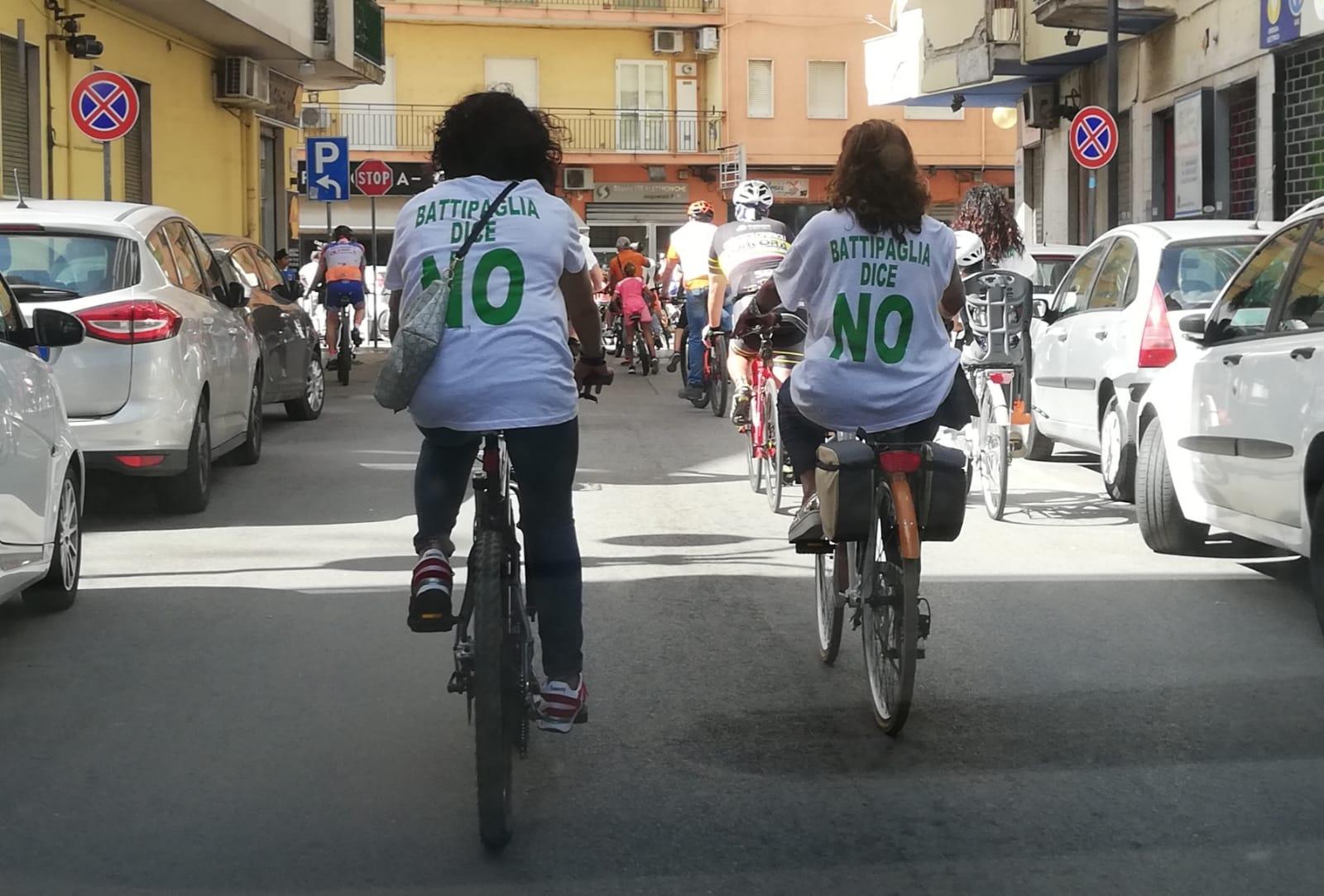 Passeggiata Ecologica In Bicicletta: Per Dire 'No' Al Ciclo Illegale Dei Rifiuti