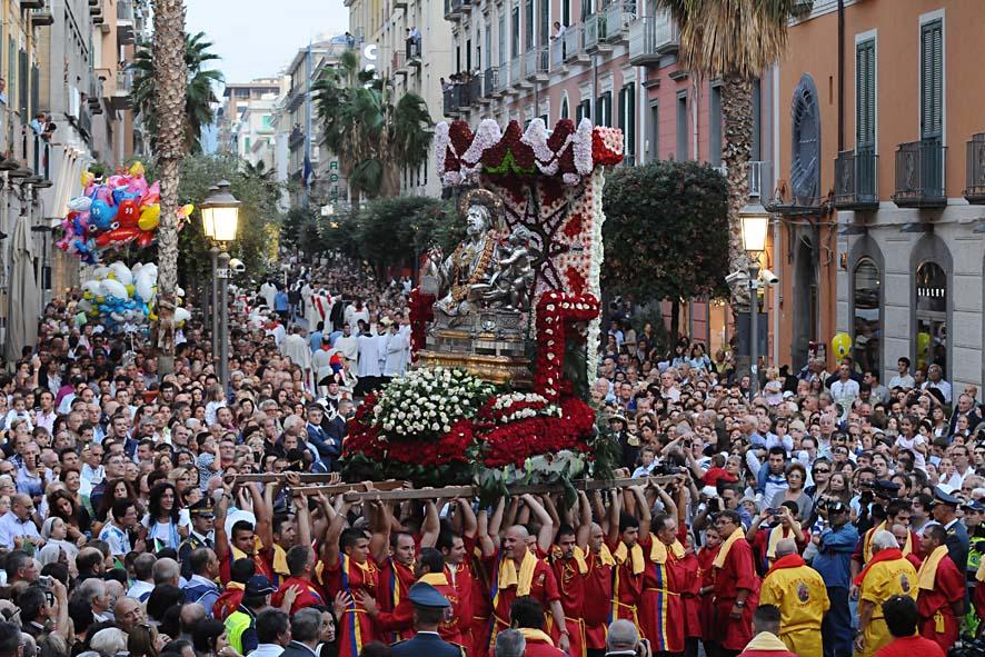 Festa Di San Matteo: Mons. Bellandi Accoglie Le Famiglie In Cattedrale